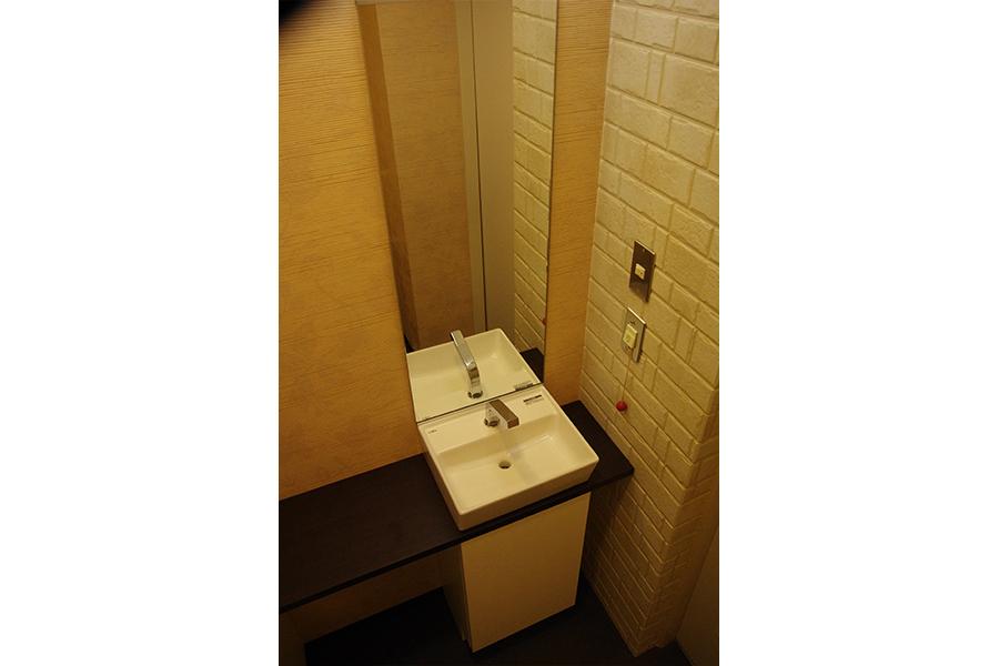 病院のトイレ reform