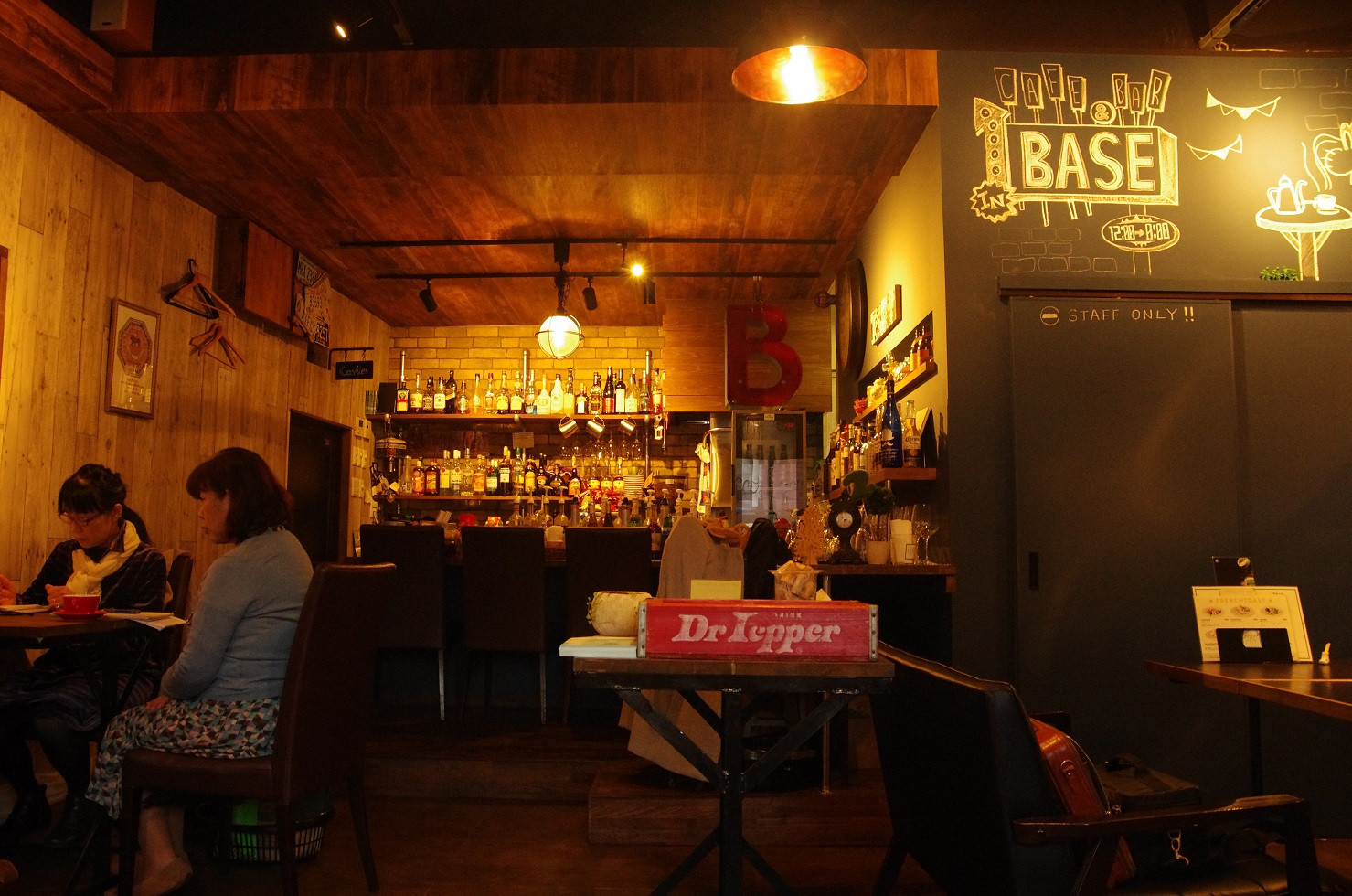 CAFE&BAR リニューアル(ホール拡張、内装renovation)