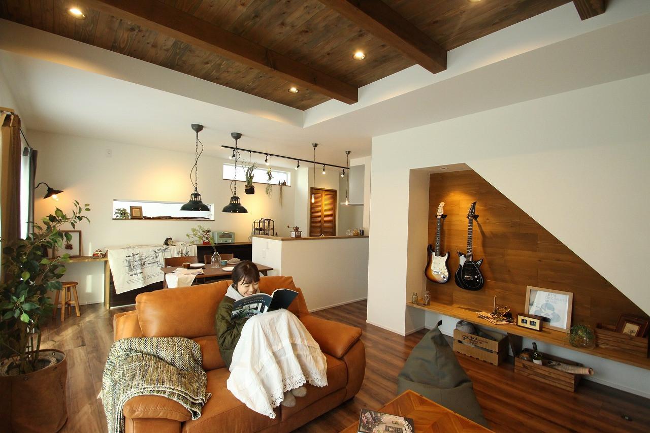 Modern Style『ロックミュージック好きなご夫婦のための、趣味を楽しむお家』