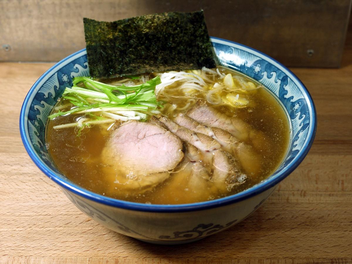 もも肉チャーシュー麺