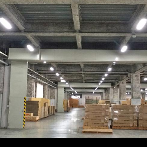 施工例 工場照明LED切替