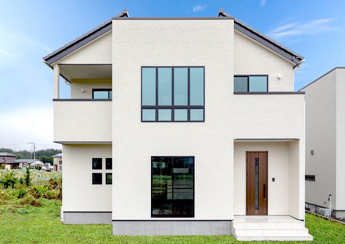 優しいホワイトが穏やかな日常を彩るお家