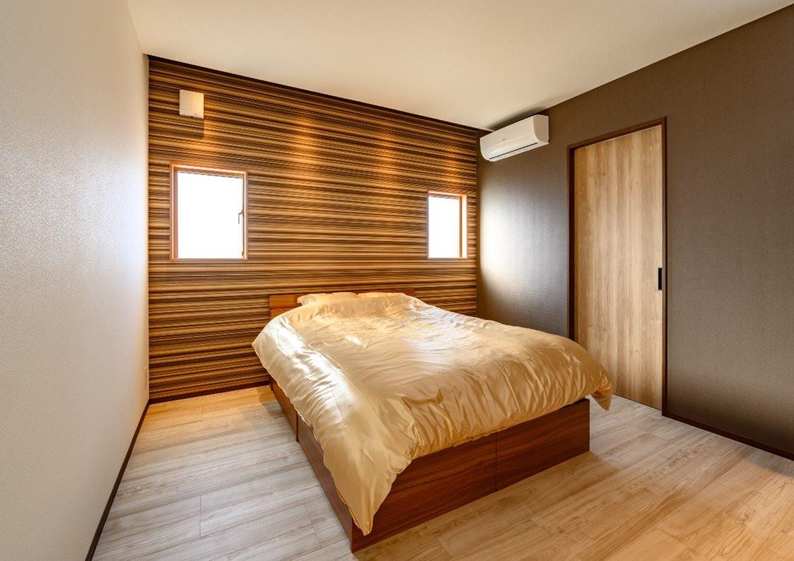 上質な素材を大胆に見せるアイデア住宅