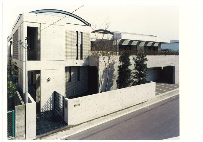 和歌川の家画像