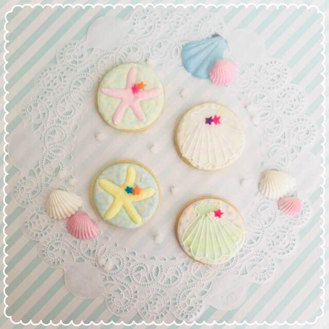 シェルとヒトデの夏らしいアイシングクッキー…パステルな色合いで毎年人気のアイシングクッキーです!>