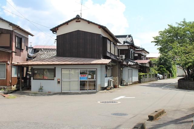 鹿島小学校そば!