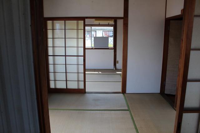 横田アパート