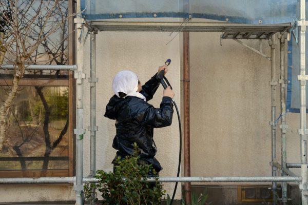 伊丹市にて・・塗装の命は下地処理ということ