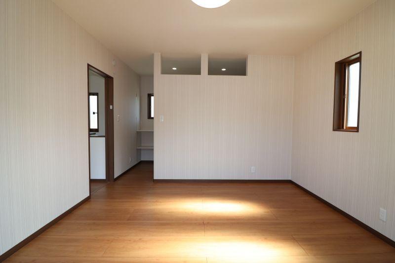 諫早市36坪で建物工事金額1700万です。仕様は高気密・高断熱住宅です。