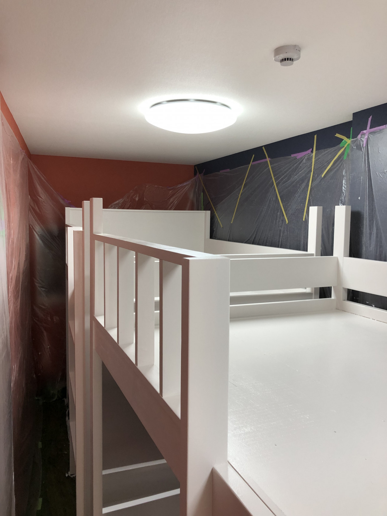 ベッド塗装工事画像