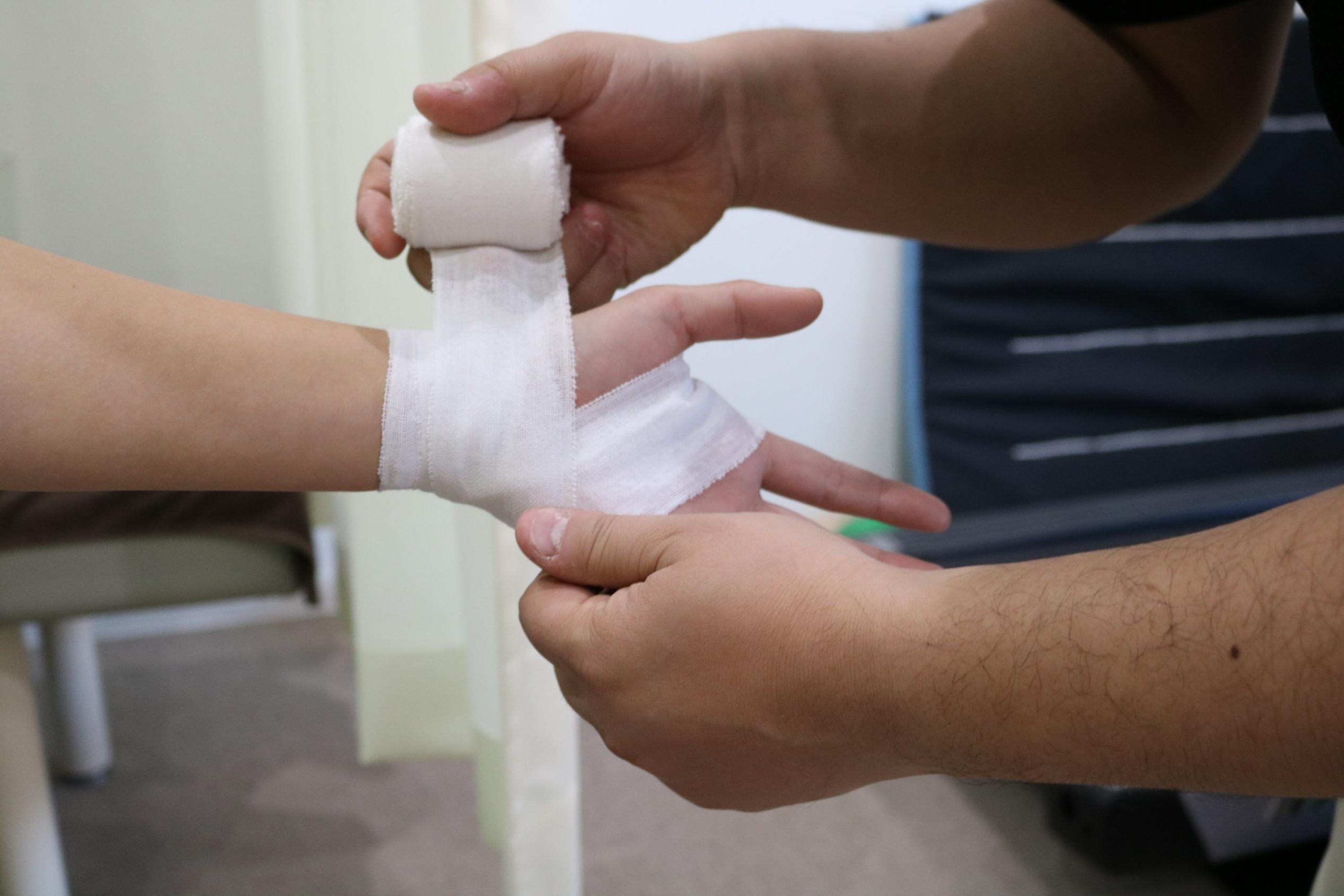 ③外傷(捻挫・打撲・脱臼・骨折等)