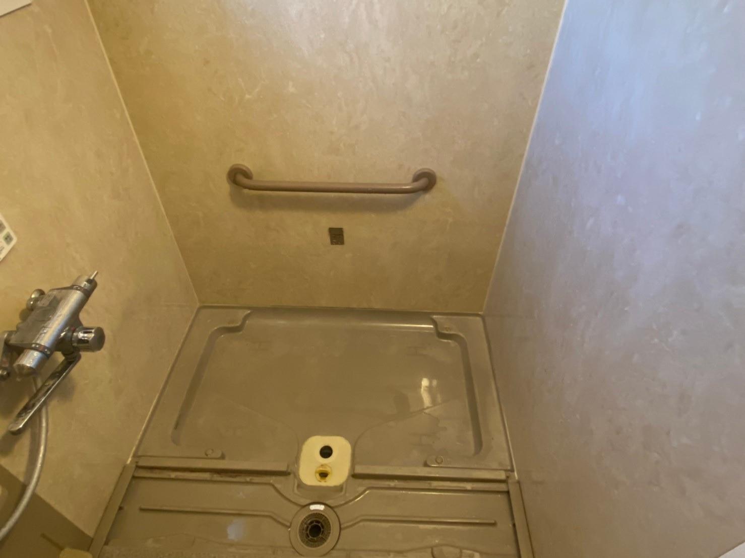 ユニットバス浴槽取替工事