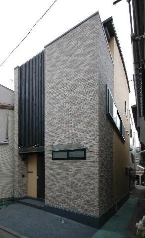港区三田の家