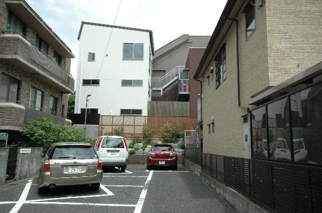 弥生坂上の住宅