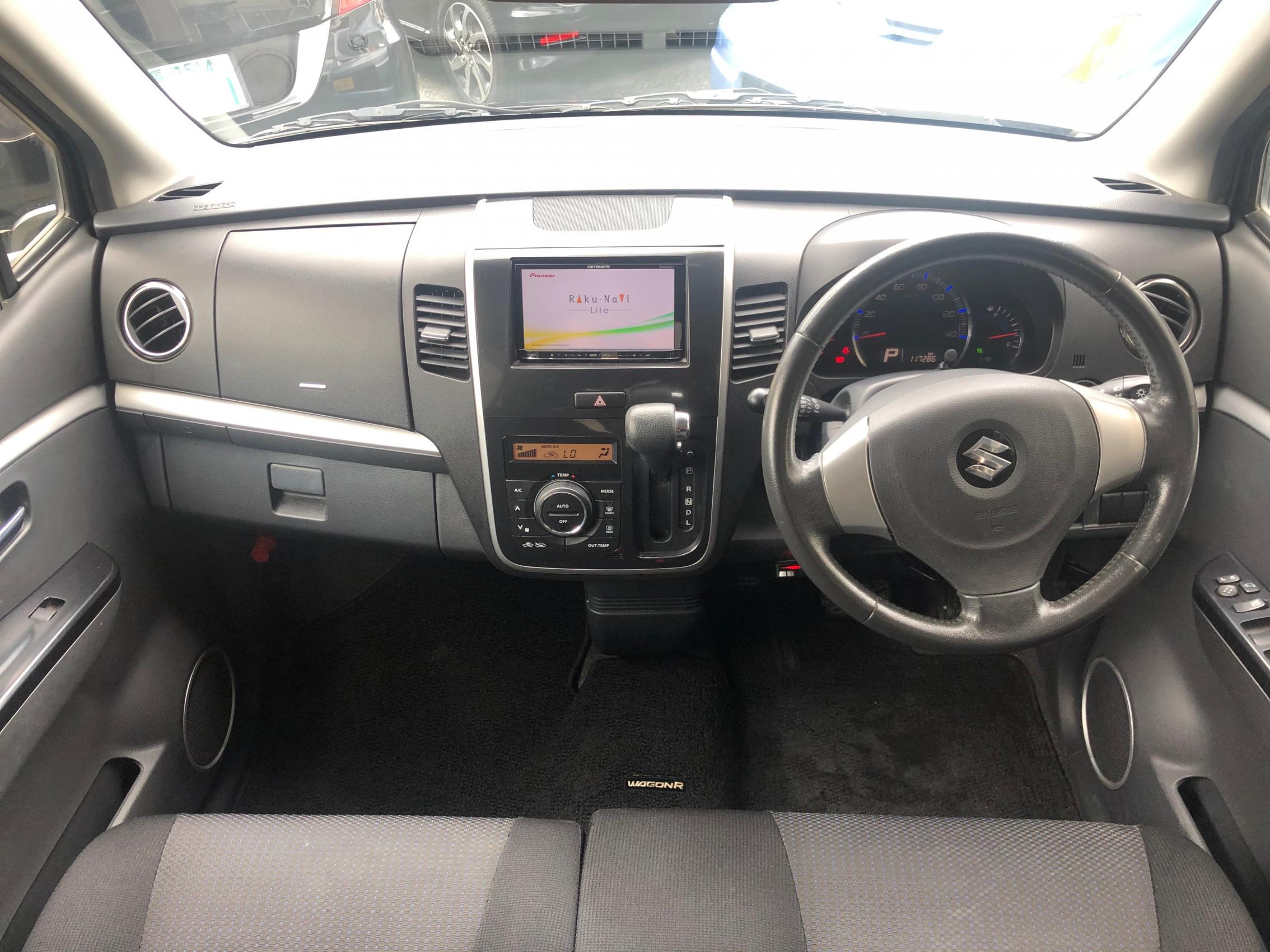 ワゴンRスティングレー X SDナビ フルセグ ETC スマートキー Tチェーン ベンチシート