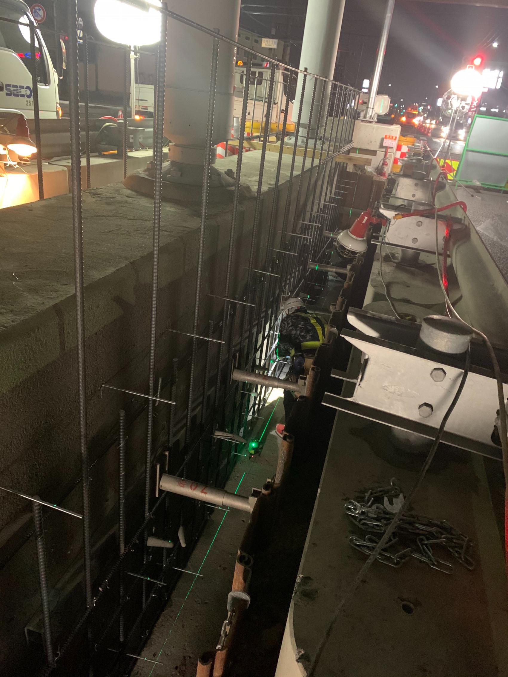 川西高架橋 補強工事画像1