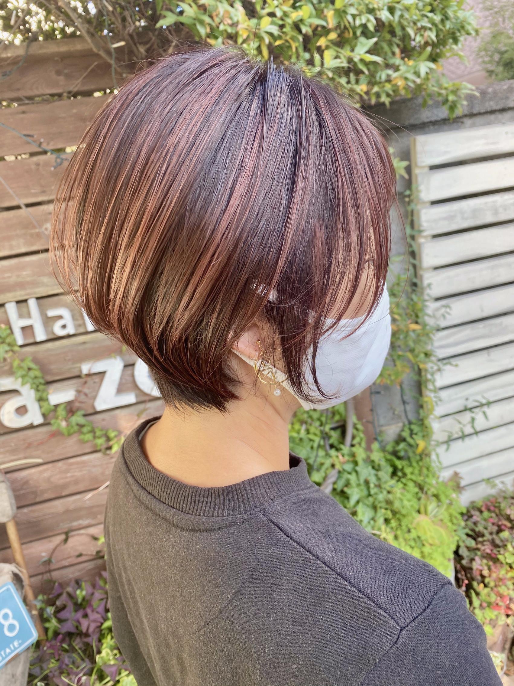 Gray hair dyeing  &  pink highlightの写真