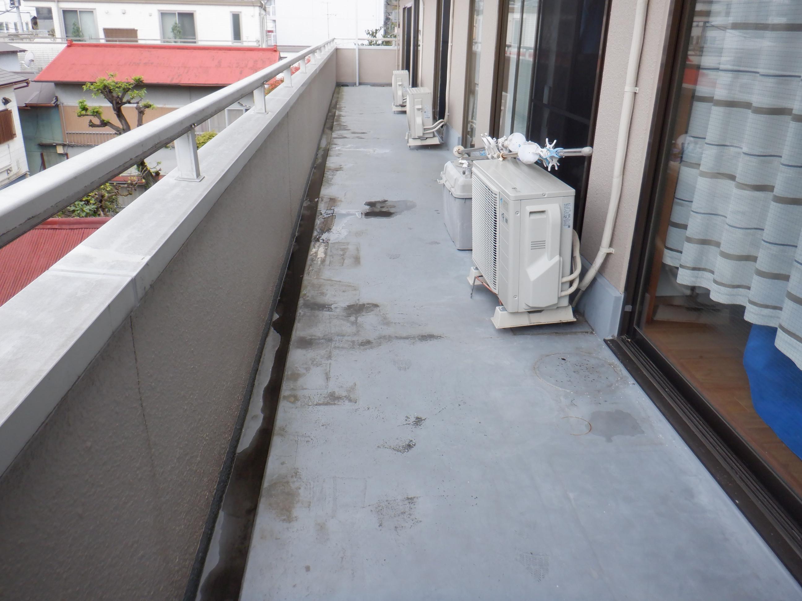 小田原市 雨漏りにおけるベランダ防水工事画像5
