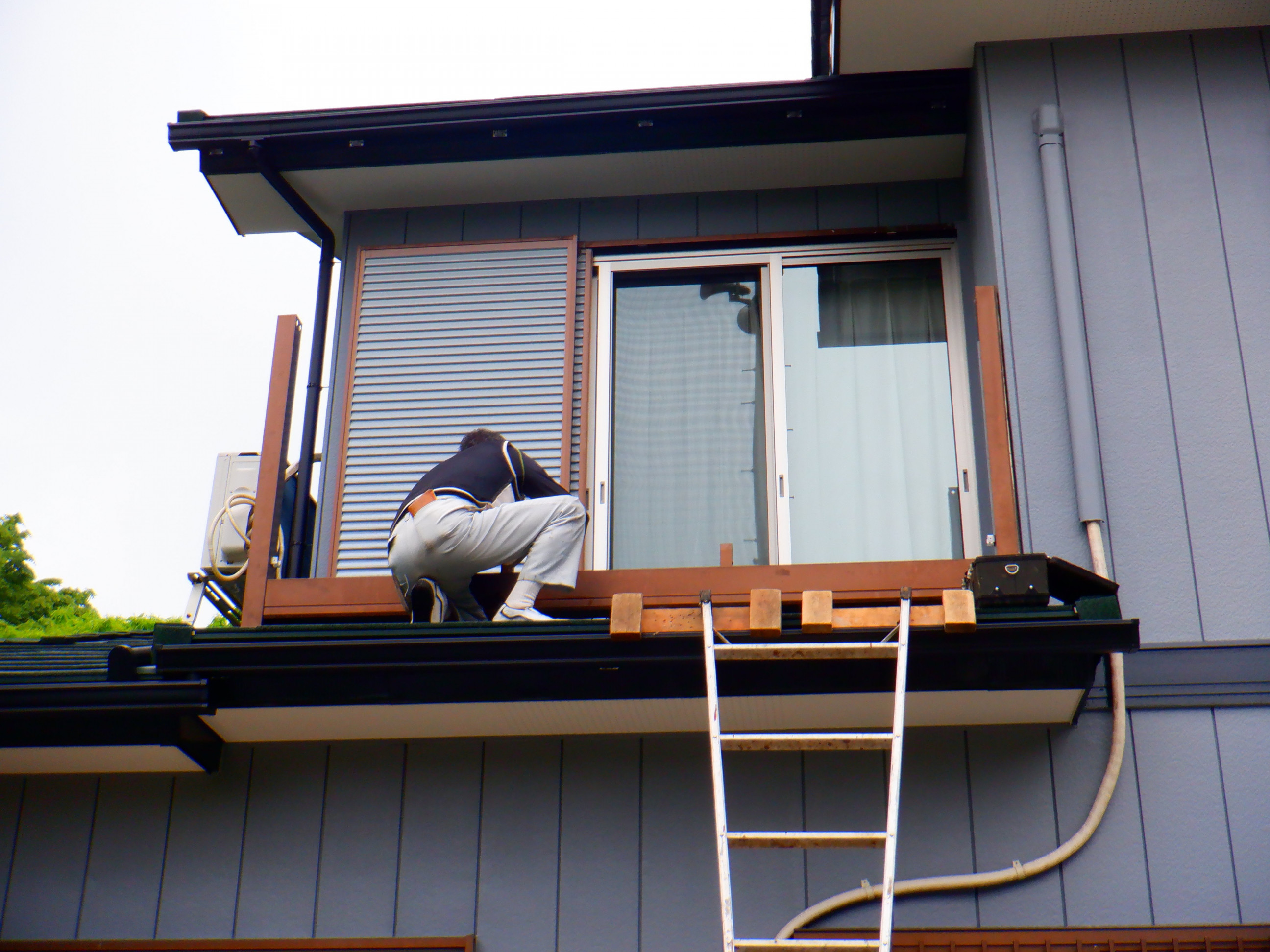 神奈川県厚木市でベランダ及びテラス設置工事実施画像1