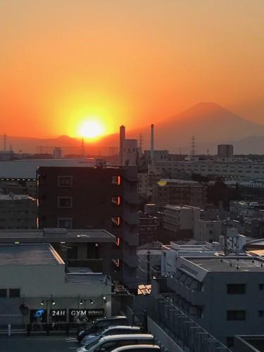 太陽と富士山