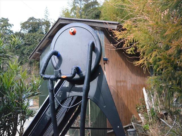 千葉県長生郡M様邸 太陽熱温水器設置(トルネード)