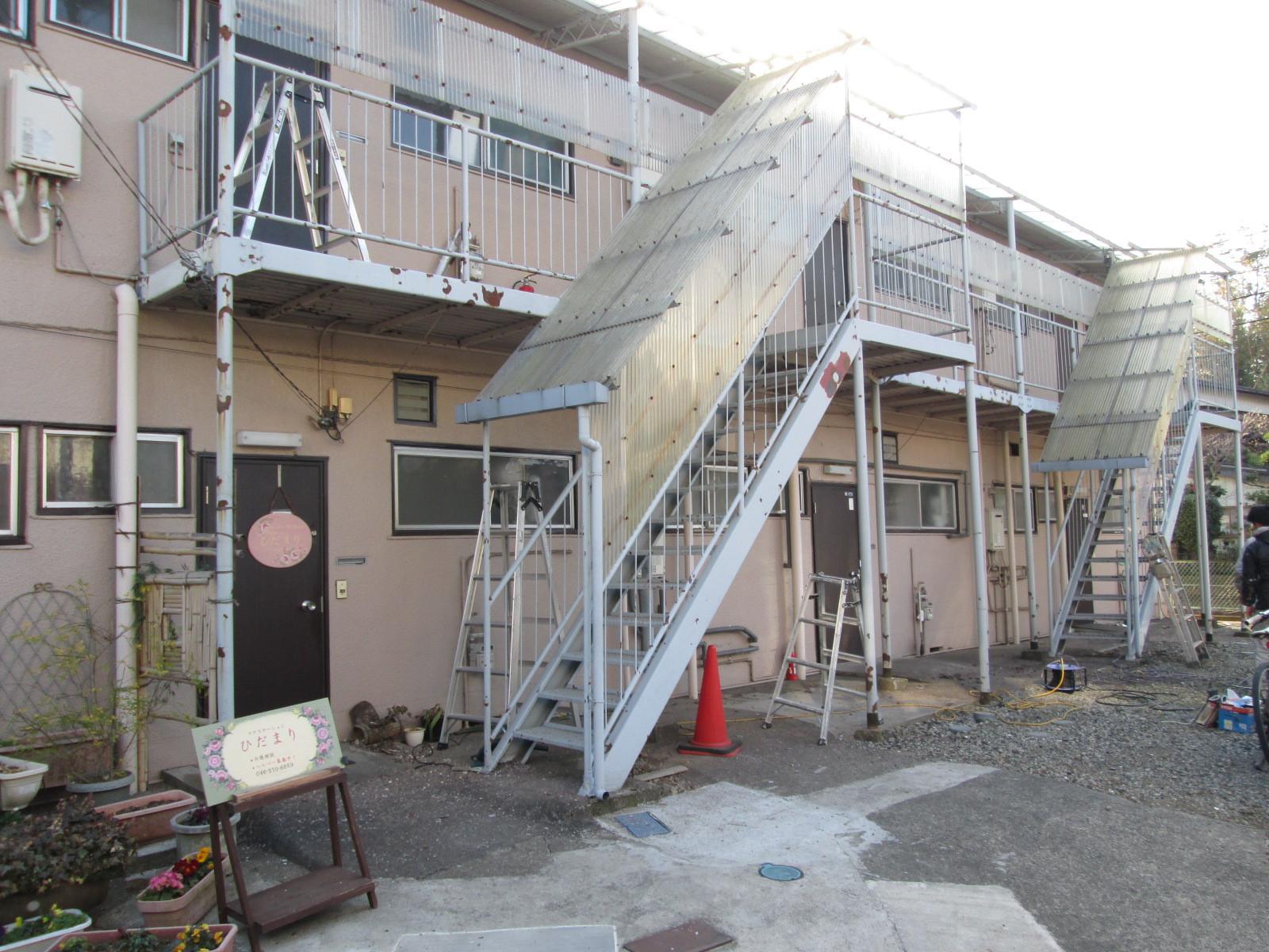 アパート鉄骨階段画像01