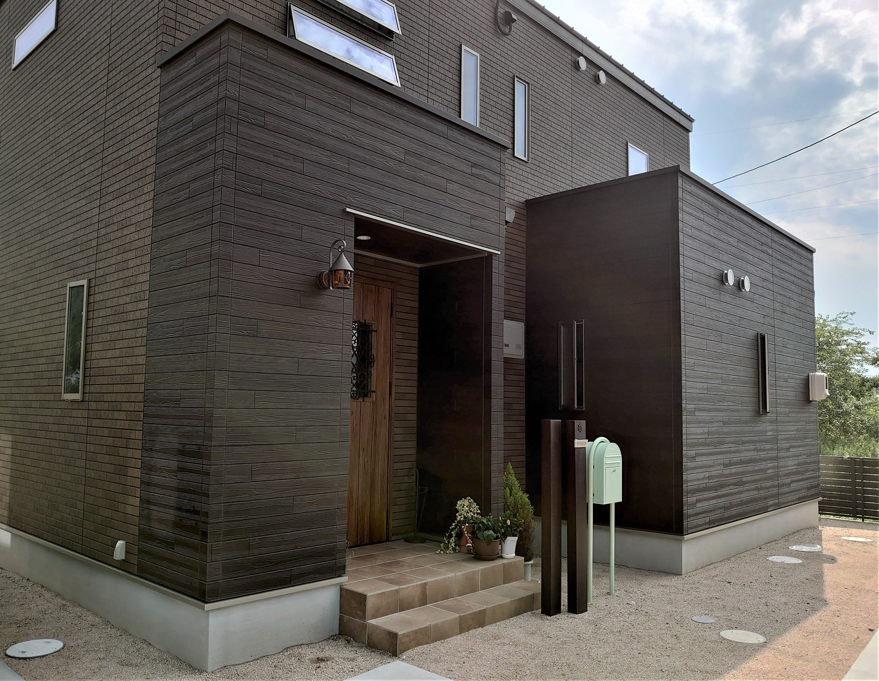 笠岡市M様邸 さんご塗り壁で仕上げた快適空間で過ごす家イメージ