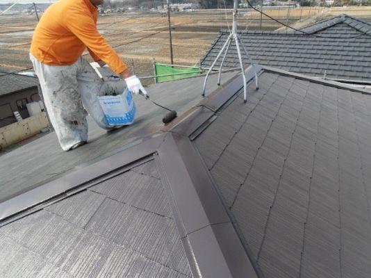 屋根:ファインシリコンベスト 中塗り