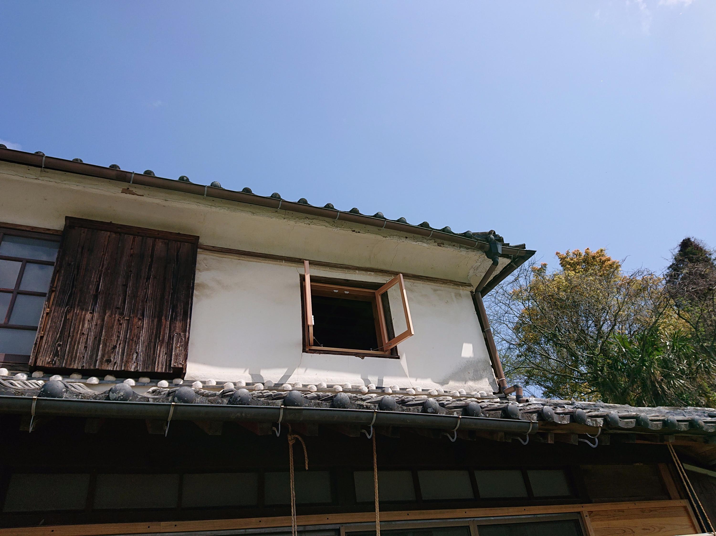 古民家の小窓
