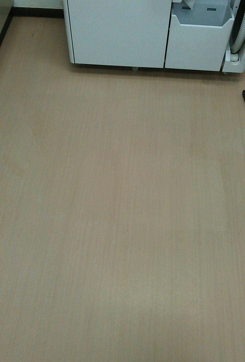 店舗 床洗浄WAX仕上げ 施工例 -before