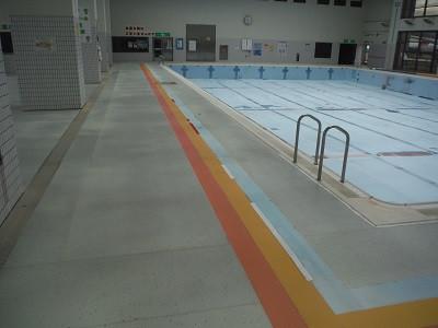 プールサイド防水修繕工事