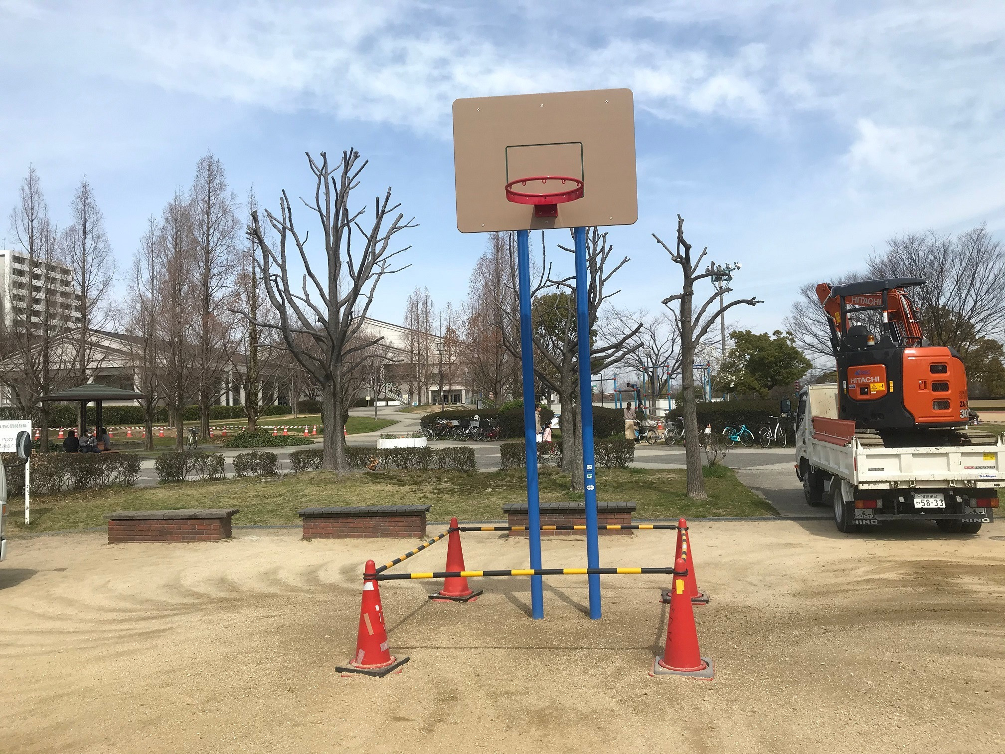 土居川公園ほかバスケットゴール改修工事