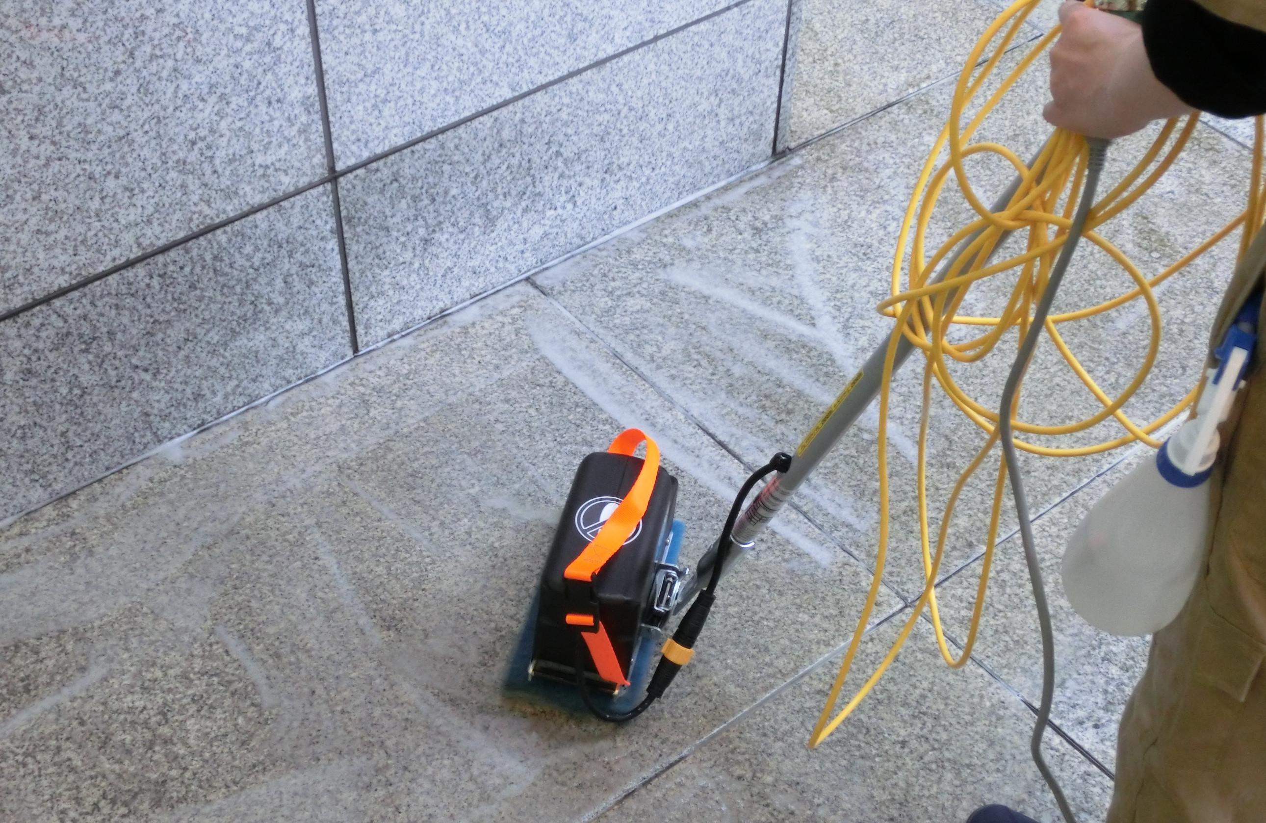 千代田区/オフィスビル   ◆床清掃画像