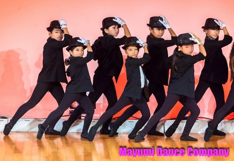 🌸大人クラスとのコラボで踊るキッズたち🎵