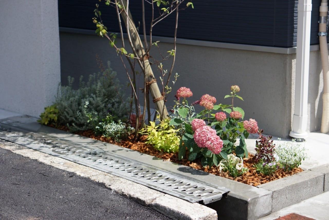 八尾市 植栽工事の施工イメージ画像01