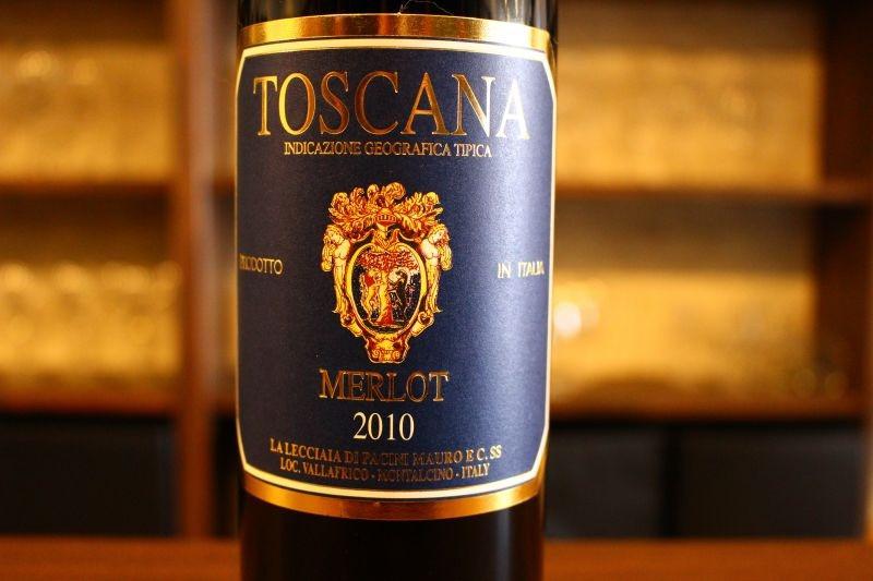 レッチャイア・メルロ 2010  レッチャイア イタリア/トスカーナ/赤/ メルロ/ミディアムボディ 熟成メルロのお手本のような深い味わい!あまり商売っ気がない造り手だからできるこの価格。5つ星ヴィンテージ2010年これで2000円台はありがたいです