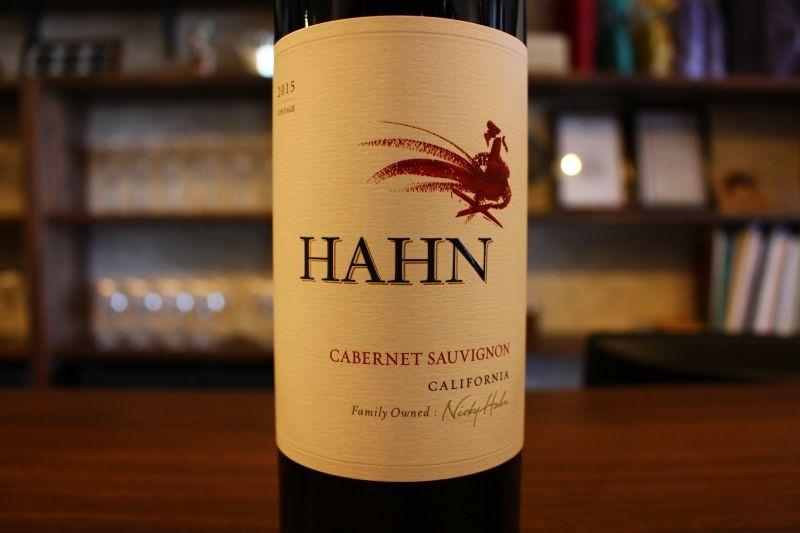 カベルネ・ソーヴィニヨン カリフォルニア 2015  ハーン・ワイナリー アメリカ/カリフォルニア/赤カベルネ/フルボディ 濃くてしっかりしたワインをお望みのそこの貴方、迷わずこれを飲んでください。香り、口当たり、ボリューム、そして余韻、全てにおいて満足満足な1本ですよ