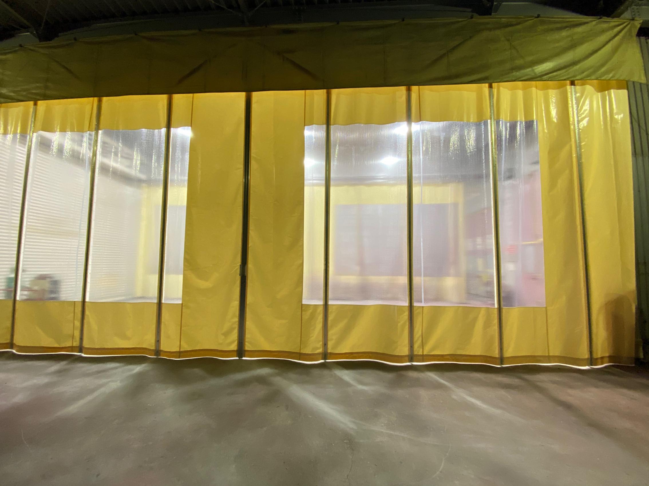 大分県にて 間仕切りカーテン 施工させて頂きました