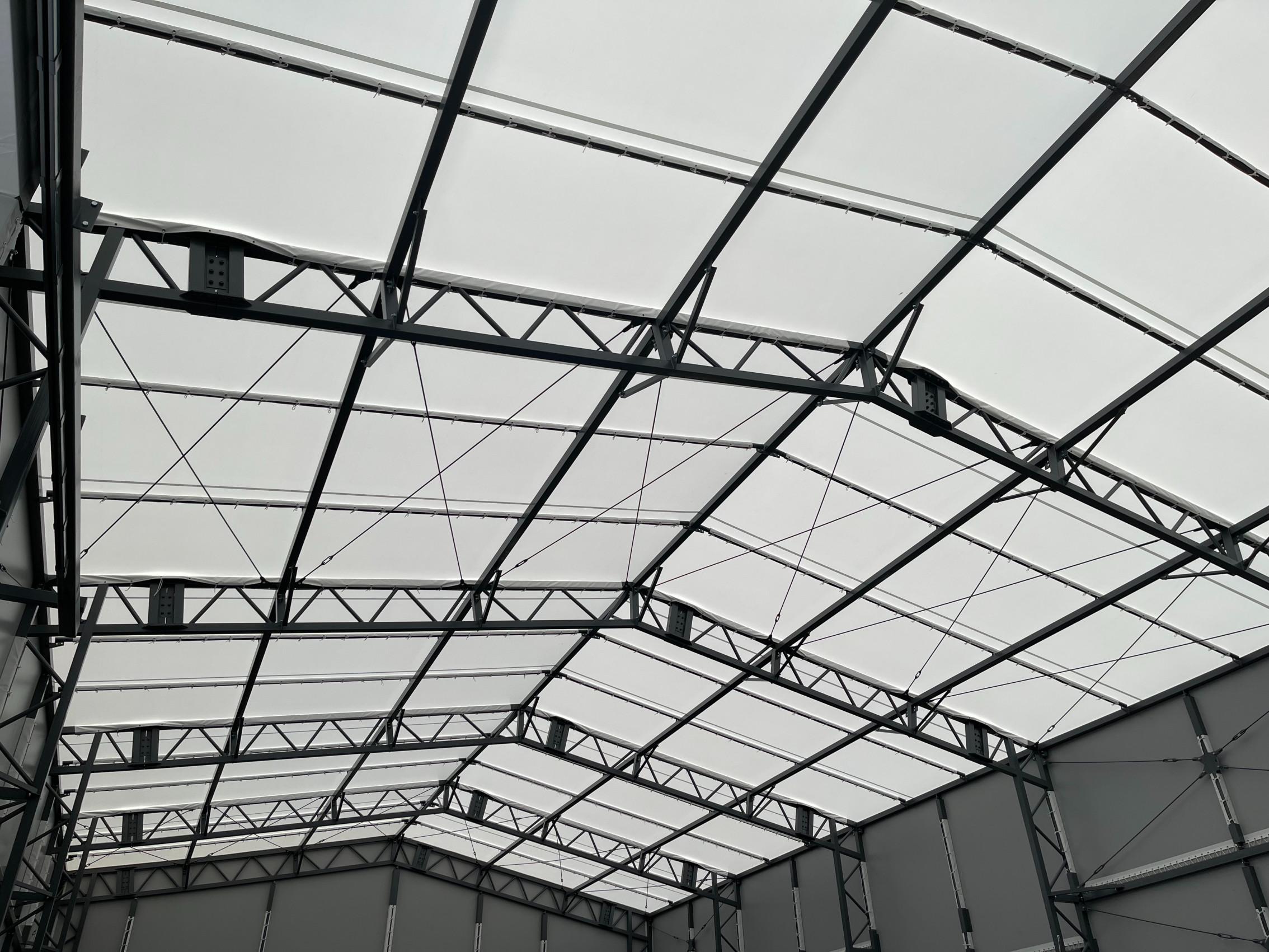 福岡県にて テント倉庫 施工させて頂きました