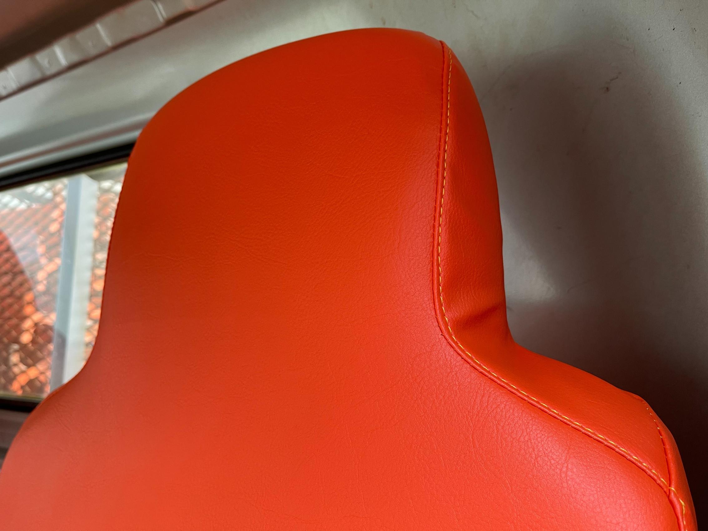 大分県にて 座席カバー ・ 車両カバー 製作取付させて頂きました。