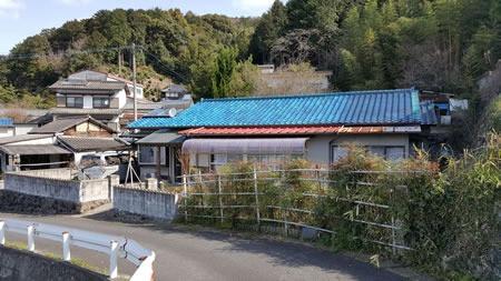 飯塚市勢田木造解体工事の施工前イメージ