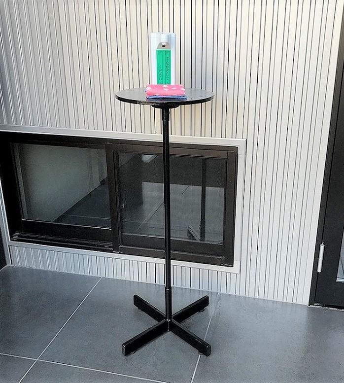 消毒アルコール用スタンドが出来ました
