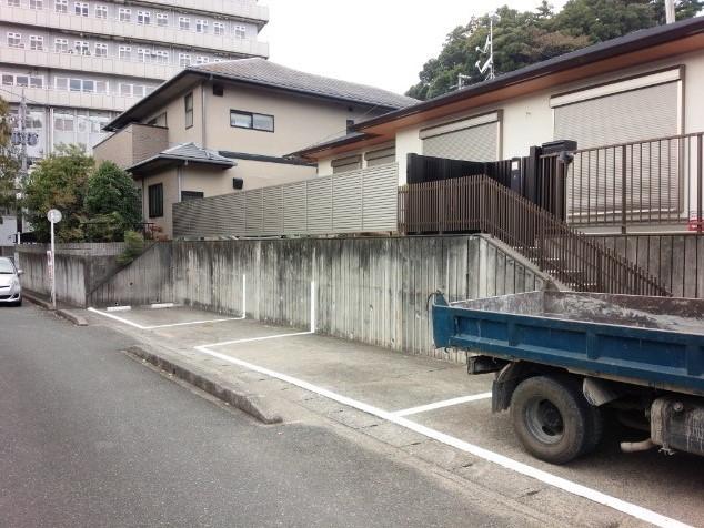 富塚町駐車場ライン引き