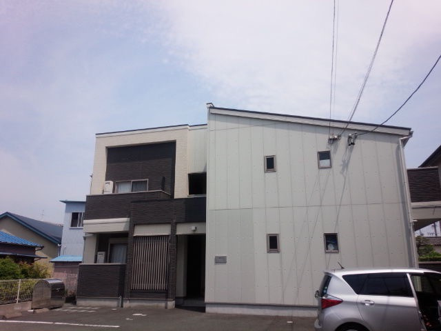 浜松市東区和田町「クレフラスト和田Ⅱ105号室」室内清掃