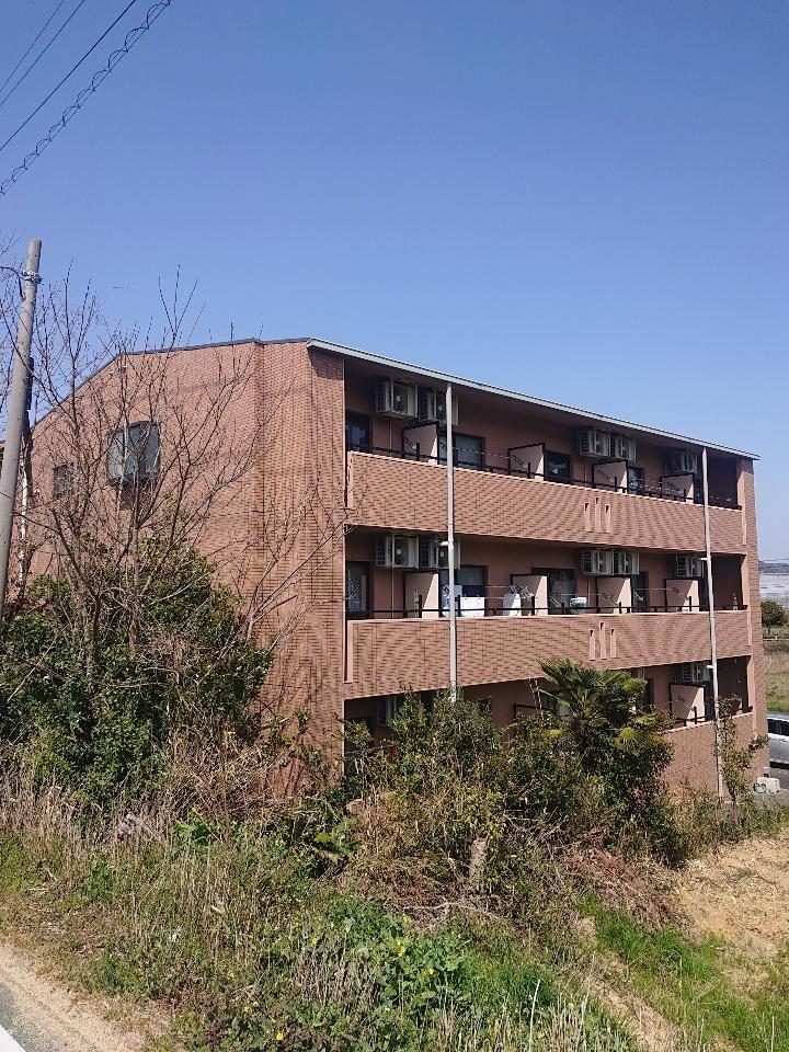 愛知県豊橋市天伯町「スカイルーチェ21 301号室」室内清掃         退去時のクリーニングはMAXメディエイトへ
