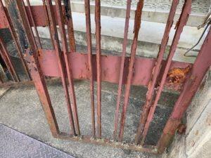 葛城市で門扉の塗装工事を行いました画像9