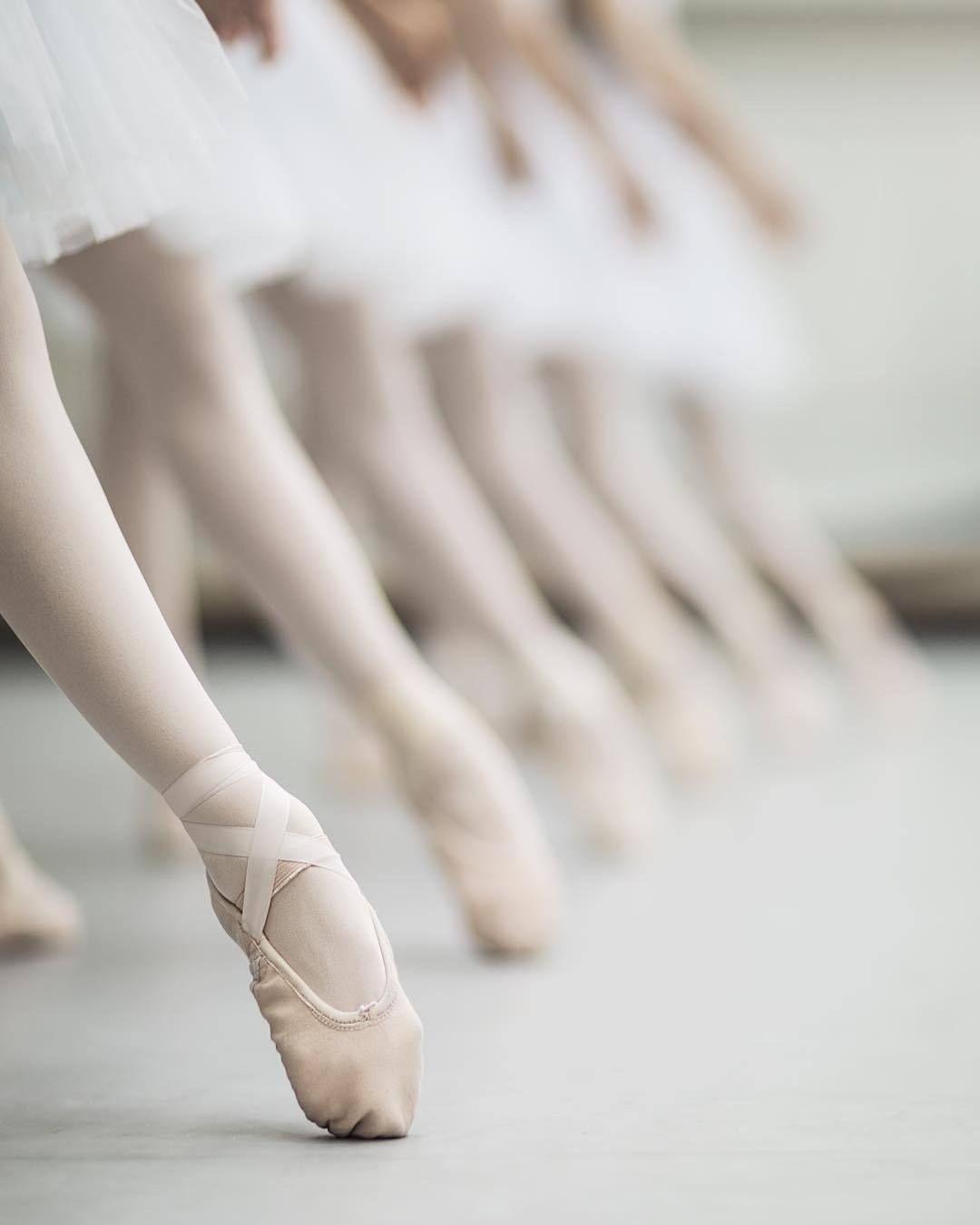 クラシックバレエを始めるメリットとは?子供から大人まで楽しめます!