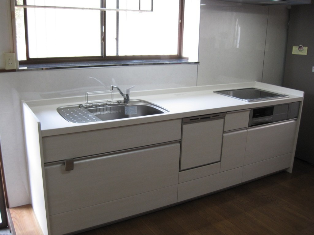 食洗機付き飽きの来ないシステムキッチンリフォーム工事