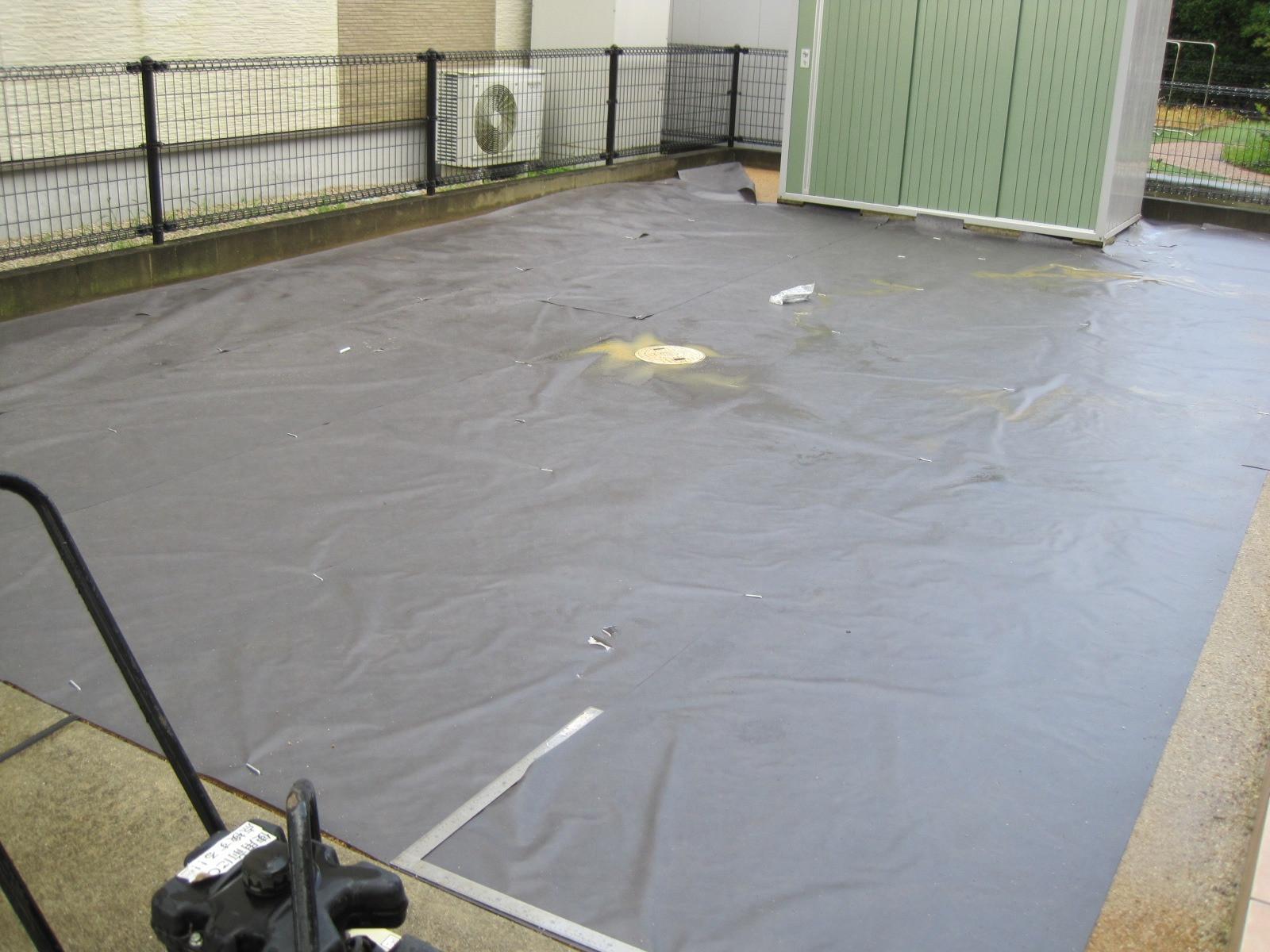 最近の人工芝は防カビ・遮熱・抗菌・消臭などの多機能で高品質