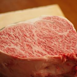 肉質、脂質共に最高なのにサシがね・・・・
